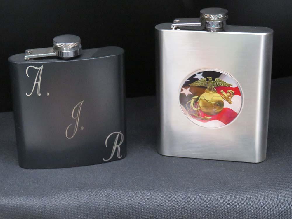 2 metal flasks