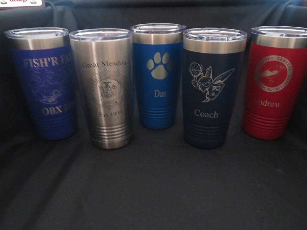 Travel coffee mugs with etched logos