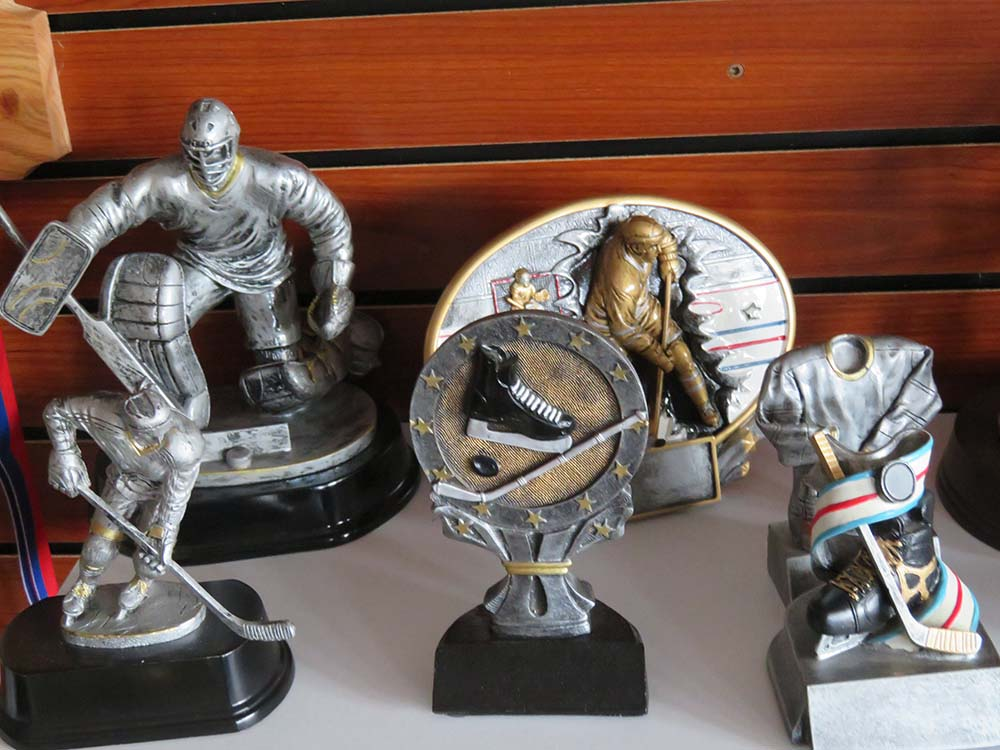 metal sports trophies
